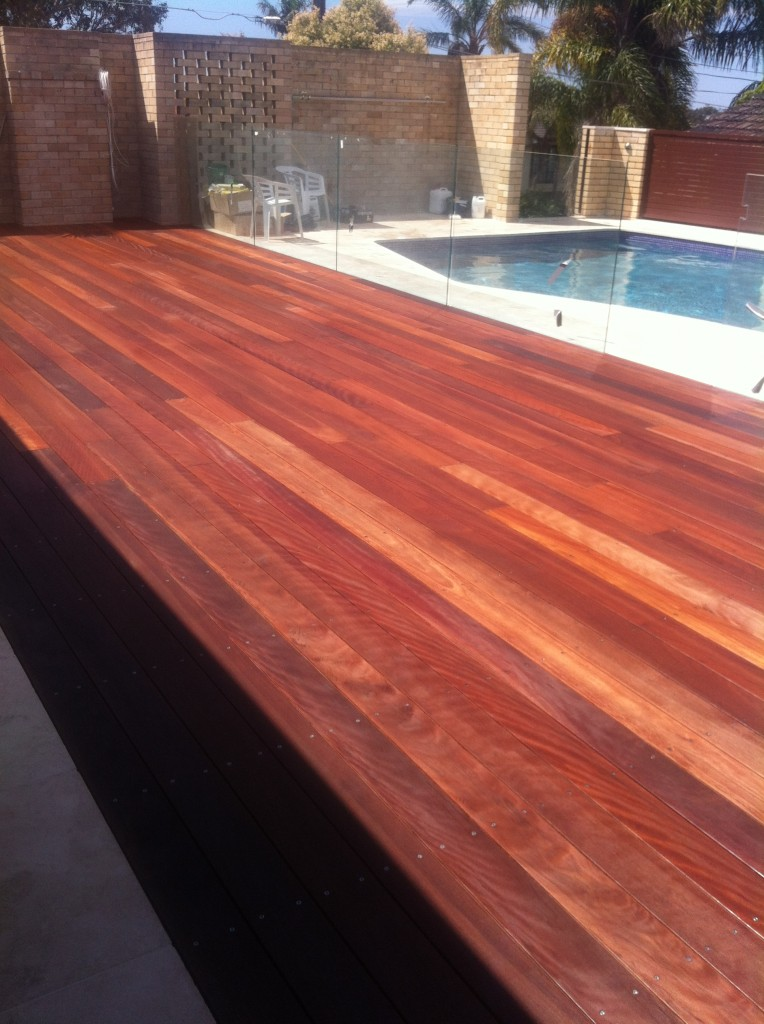 Hardwood decking hardwood timber decking sydney for Timber decking materials